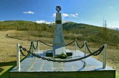 Вид памятника связисту Макееву на 2018 год