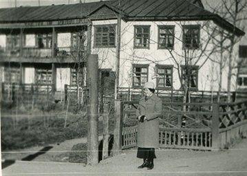 Типичная жилая двухэтажка середины 1960-х
